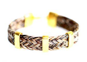 Armband aus Pferdeharren mit Goldspangen