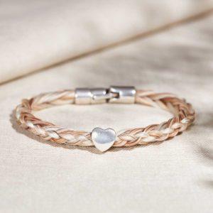 Armband aus Pferdehaar mit Herzperle