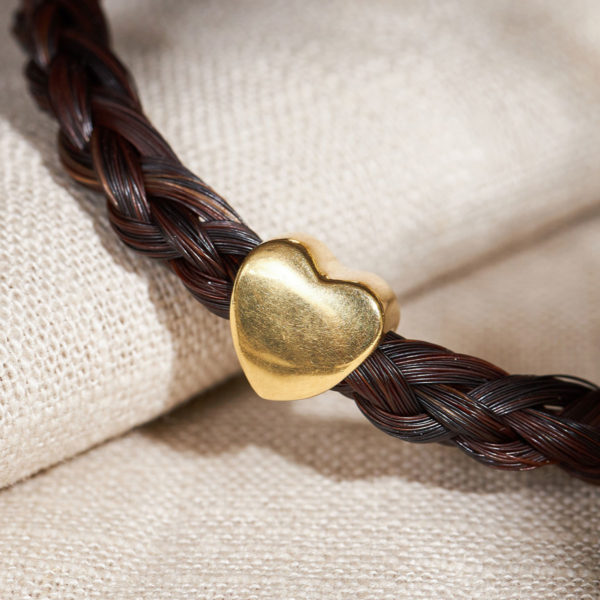 Armband aus Pferdehaar mit goldener Herzperle