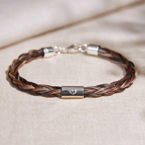Pferdehaar-Armband mit eingraviertem Herz